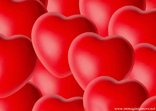 Immagine cuori rossi bellissima immagine cuore for Immagini di cuori rossi